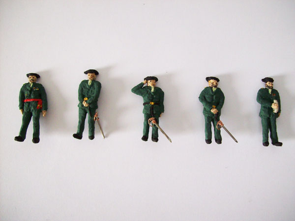 Figuras de Guardias Civiles a escala 1:72